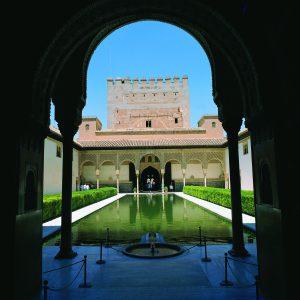 alhambra-patio-de-los-arrayanes-tourist-office-of-spain