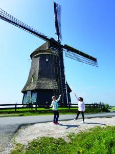 windmill-monah-doyle-400-holcomb-circle-las-vegas-89107